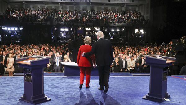 Кандидаты в президенты США Хиллари Клинтон и Дональд Трамп на дебатах