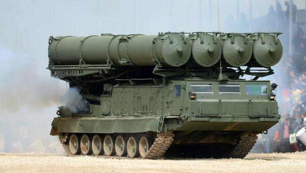 Зенитно-ракетный комплекс (ЗРК) С-300. Архивное фото