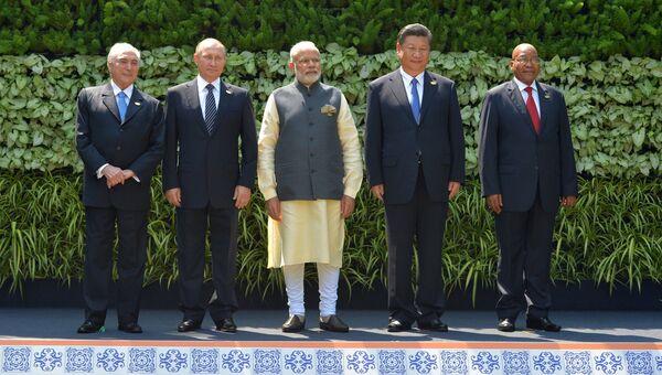 Визит президента РФ В. Путина в Республику Индию (Гоа). День второй