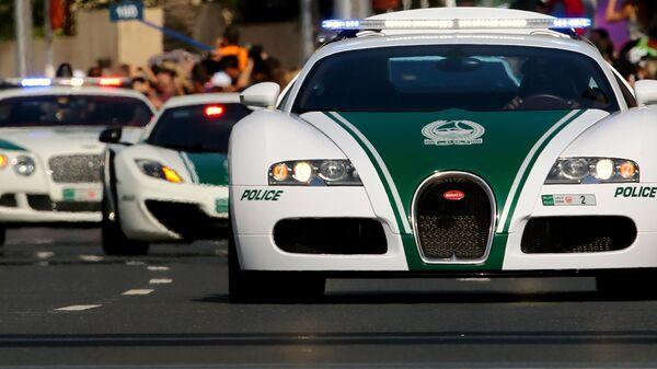 Автомобили Bugatti, Lamborghini и Bentley полиции Дубая, ОАЭ