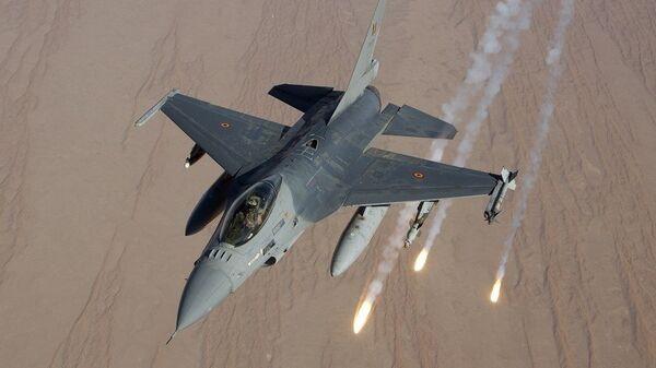 Истребитель F-16 ВВС Бельгии, НАТО. Архивное фото
