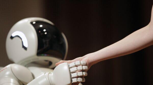 Робот-андроид Asimo корпорации Honda Motors. Архивное фото