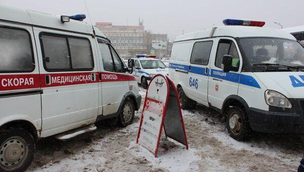Автомобили скорой помощи и полиции на месте ДТП. Архивное фото