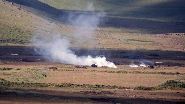 Военные учения на полигоне Алагяз в Армении