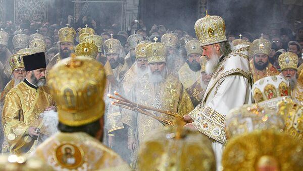 Во время церемонии интронизации Патриарха Московского и всея Руси Кирилла в храме Христа Спасителя