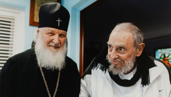 Патрирах Московский и всея Руси Кирилл встретился с бывшим главой кубинского государства Фиделем Кастро Рус