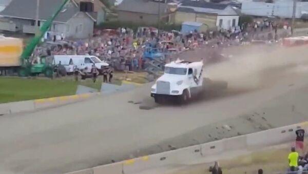 Кто сказал, что грузовики не летают?