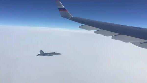 Швейцарский истребитель сблизился с российским бортом. Кадры инцидента