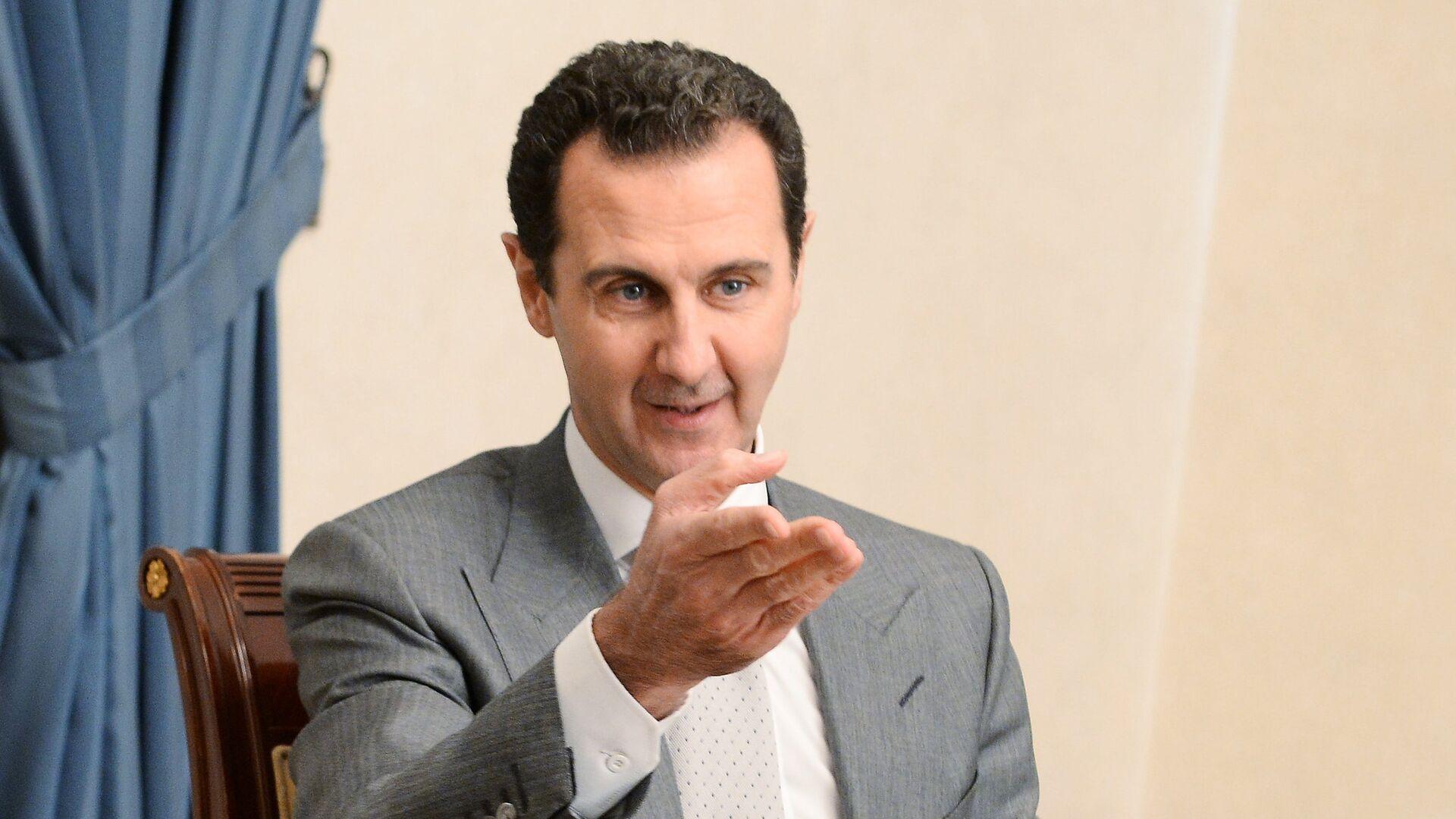 Президент Сирии Башар Асад во время встречи с заместителем председателя правительства РФ Дмитрием Рогозиным в Дамаске - РИА Новости, 1920, 06.10.2020
