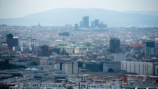 Вид на Вену с Дунайской телебашни. Архивное фото