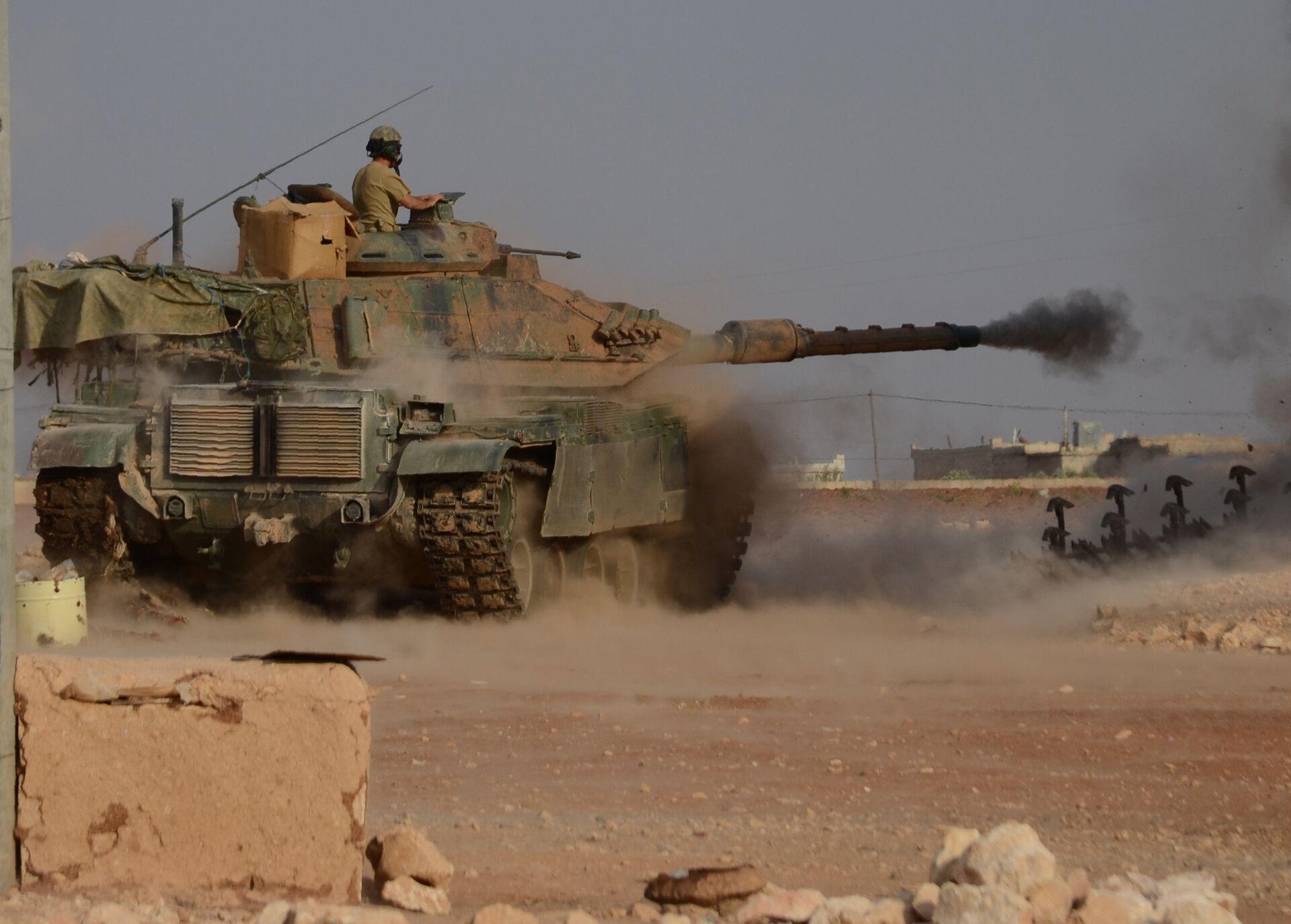 Турецкие войска при содействии отрядов так называемой Сирийской свободной армии проводят на севере Сирии операцию Щит Евфрата. Октябрь 2016 - РИА Новости, 1920, 16.10.2020