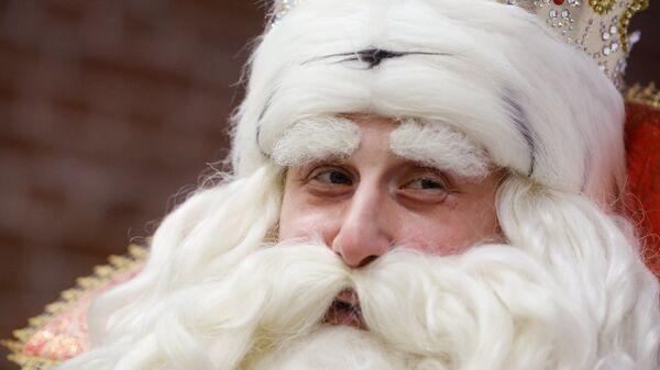 Дед Мороз из Великого Устюга перед пресс-конференцией в Доме журналистов Екатеринбурга