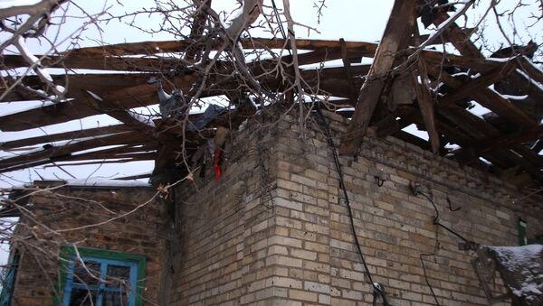 Дом, пострадавший от обстрелов. Архивное фото