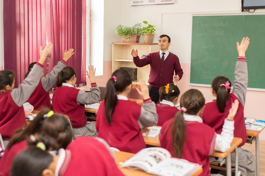 Занятия в школе Себат