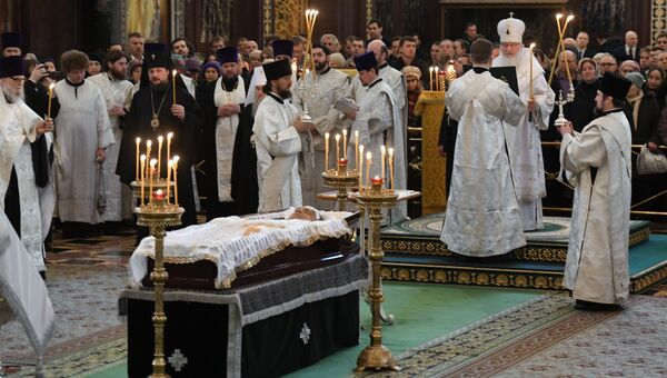 Патриарх Московский и всея Руси Кирилл совершает отпевание посла РФ в Турции Андрея Карлова в храме Христа Спасителя
