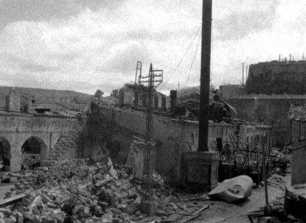 Разрушенный фашистами Севастополь. 1941 год
