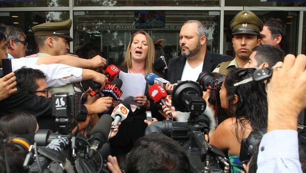 Наталиа Компаньон, невестка президента Чили Мишель Бачелет, у здания суда. 16 декабря 2016