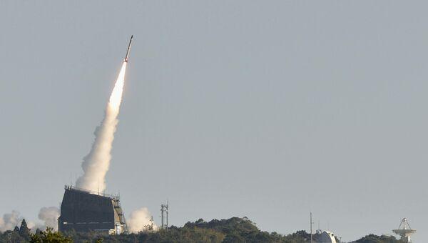 Запуск самой маленькой в мире ракеты-носителя SS-520-4 из Космического центра Утиномура в Японии, 15 января 2017