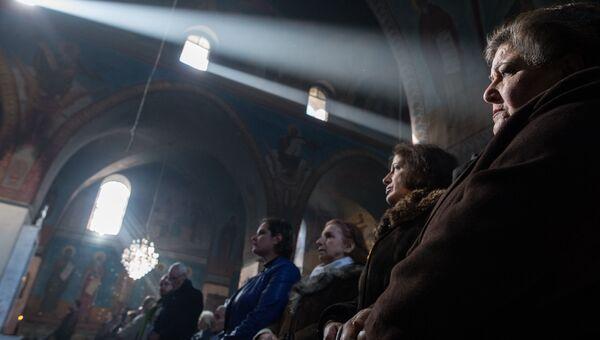 Служба в церкви Святого Илиана в Хомсе. Сирия, 05.02.2016