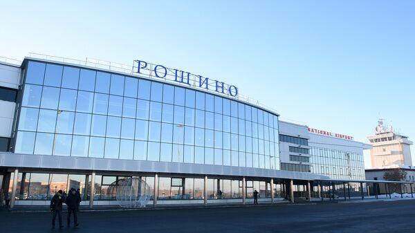 Открытие после реконструкции аэропорта Рощино в Тюмени