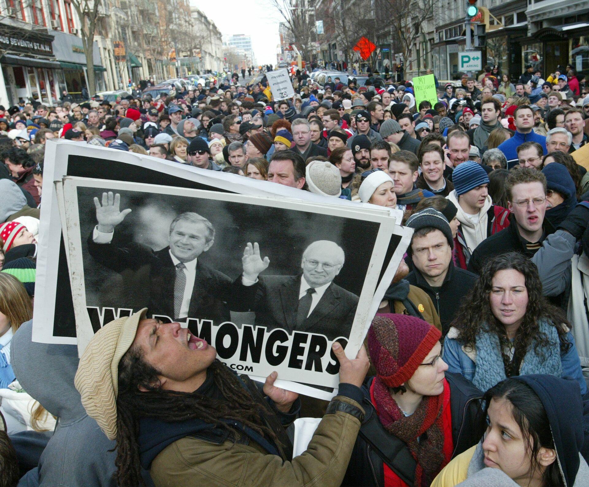 Акция протеста в день инаугурации президента США Джорджа Буша-младшего, 2005 год - РИА Новости, 1920, 15.09.2020