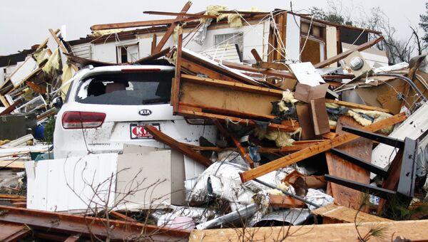 Последствия торнадо в США. Архивное фото