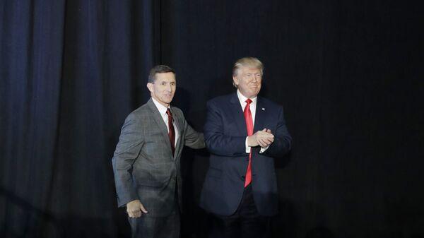 Дональд Трамп и Майкл Флинн. Архивное фото