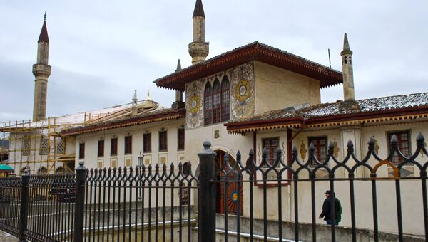 Ханский дворец. Архивное фото