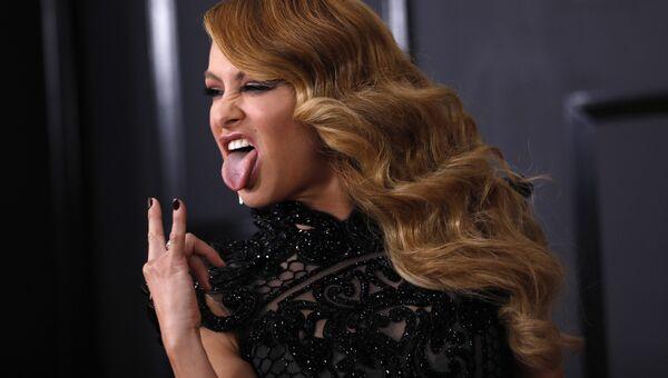 Певица Паулина Рубио на 59-й ежегодной премии Грэмми в Лос-Анджелесе, 12 февраля 2017
