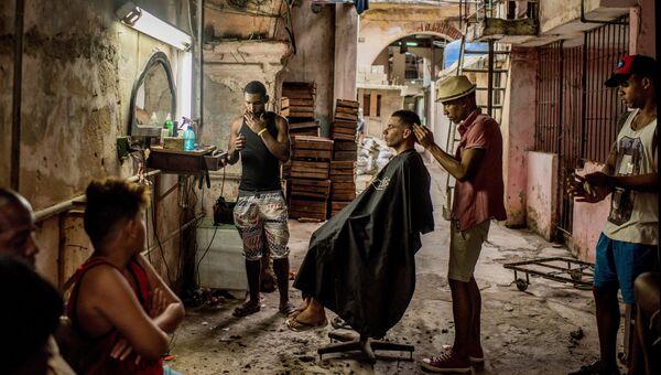 Cuba on the Edge of Change фотографа Tomas Munita занявшего первое место в категории Повседневная жизнь в фотоконкурсе World Press Photo