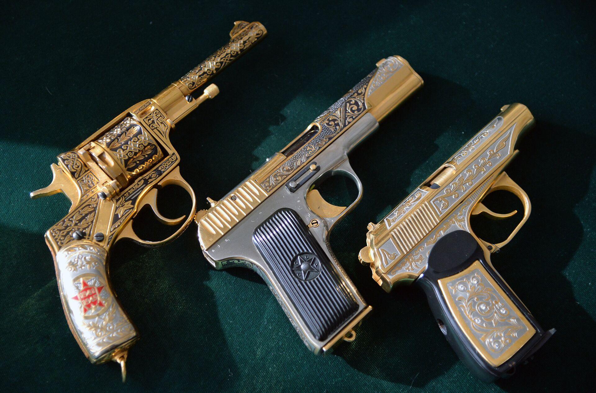 """Оригинальная копия: почему пистолет ТТ так похож на американский """"Кольт"""""""