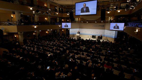 Сергей Лавров выступает на конференции по безопасности в Мюнхене