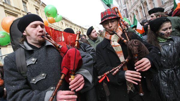 Парад в честь дня Святого Патрика на Старом Арбате. Архивное фото