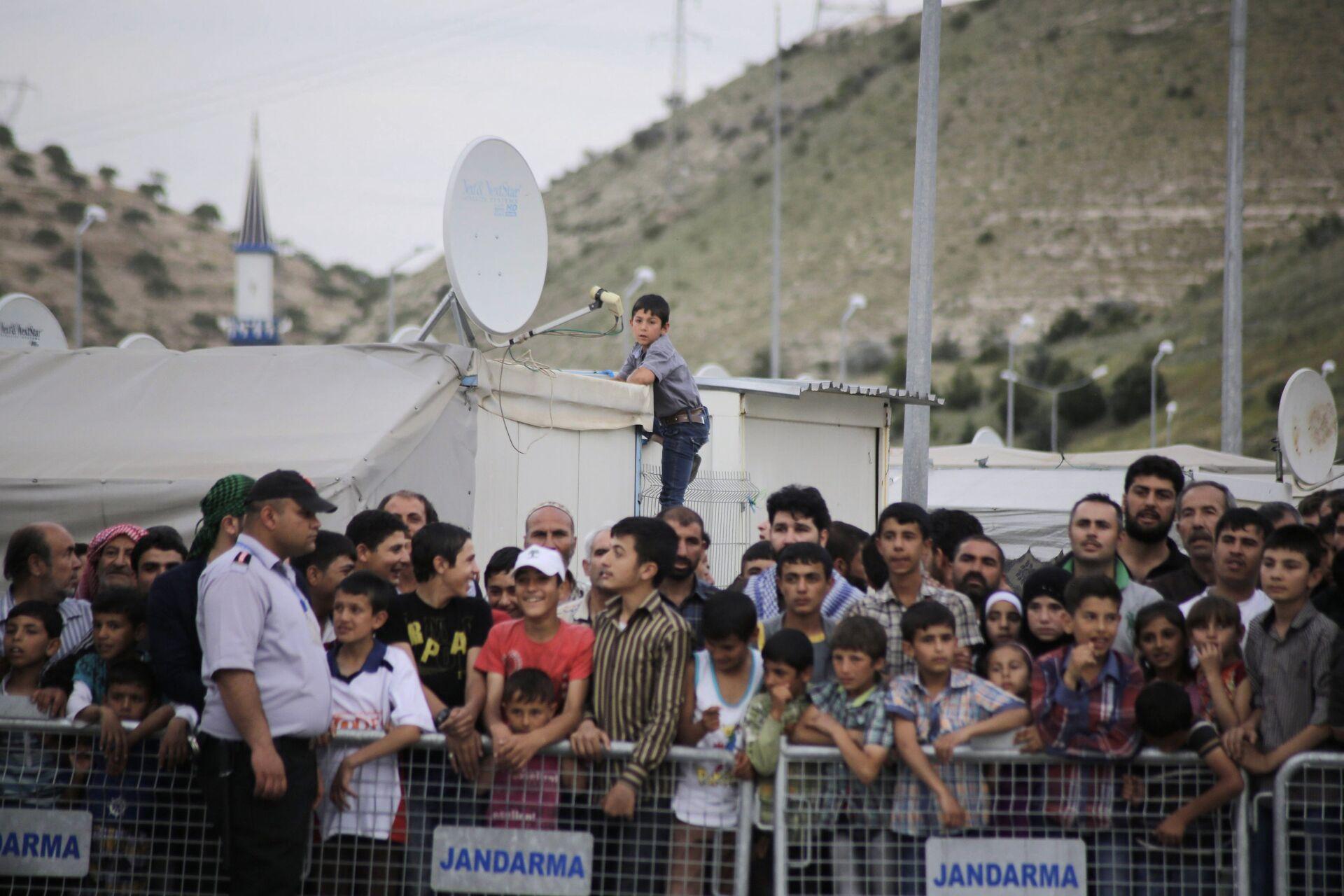 Лагерь беженцев на турецко-сирийской границе в Газиантепе - РИА Новости, 1920, 07.06.2021