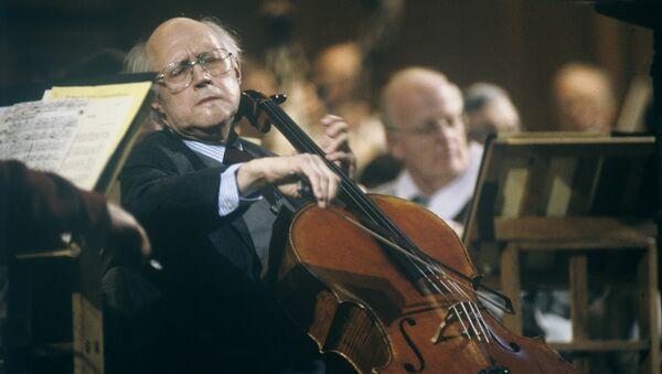 Мстислав Ростропович. Архивное фото