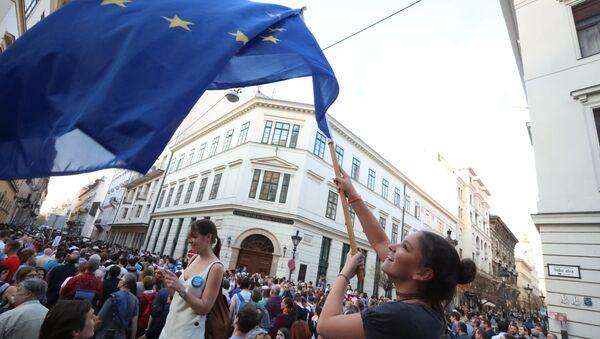 Протесты на улицах Будапешта. Архивное фото