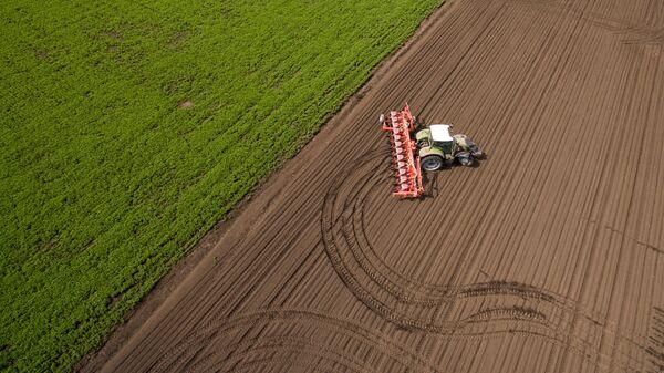 Посевная и весенние полевые работы на полях АО Агрообъединение Кубань в Краснодарском крае