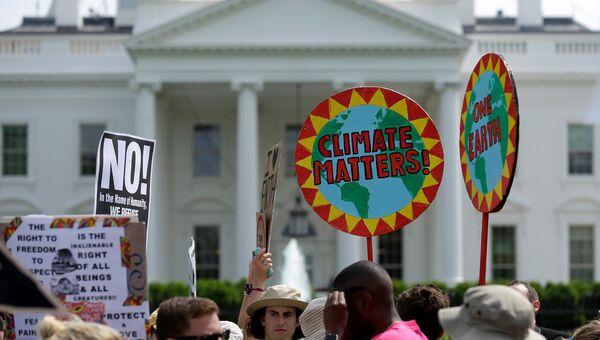 Многотысячный марш в Вашингтоне в защиту окружающей среды