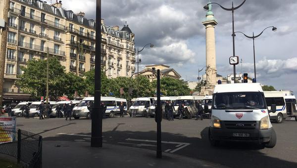 Автомобили полиции в Париже