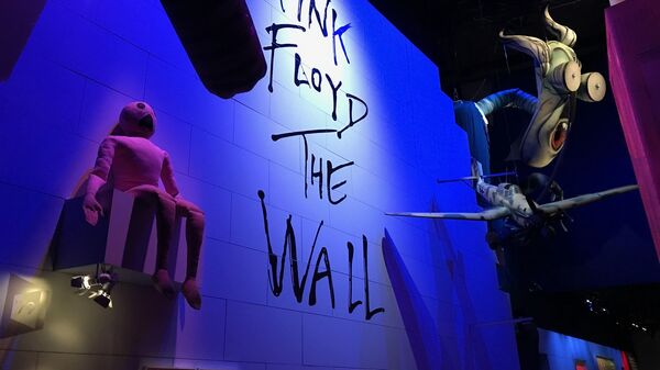 В Лондоне открылась ретроспективная выставка, посвященная Pink Floyd