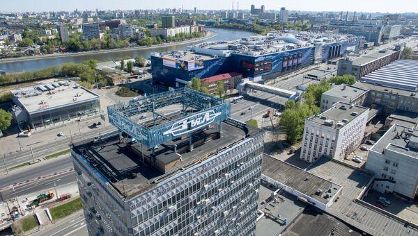 Административное здание на территории бывшего автозавода АМО ЗИЛ в Москве