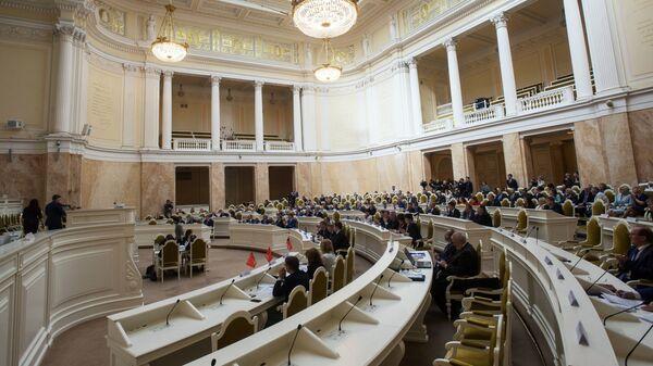 Заседание городского законодательного собрания в Санкт-Петербурге. 17 мая 2017