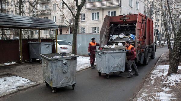 В городах можно организовать контейнерную площадку для раздельного сбора отходов