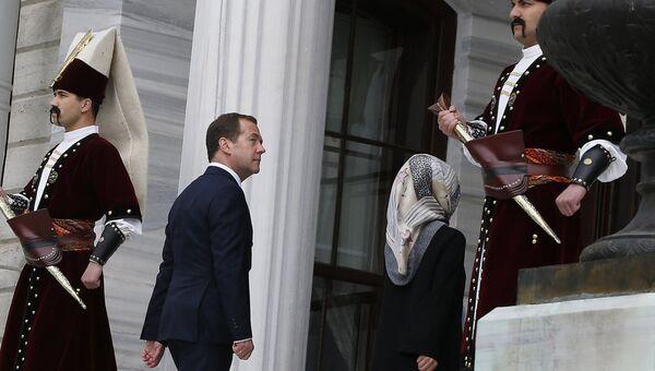 Дмитрий Медведев на саммите ОЧЭС в Стамбуле. 22 мая 2017