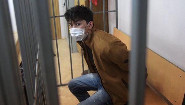 Обвиняемый в подготовке терактов в Москве Мухаммадюсуф Ашуров в Мещанском суде. 26 мая 2017