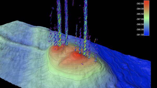 Метановый морозный бугор на дне Баренцева моря, находящийся в критическом состоянии
