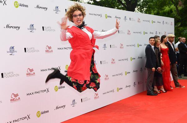 Шоумен, актёр Александр Ревва на торжественной церемонии открытия 28-го Открытого российского кинофестиваля Кинотавр в Сочи