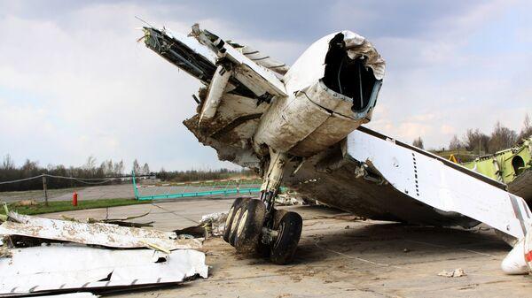 На месте авиакатастрофы под Смоленском. Архивное фото