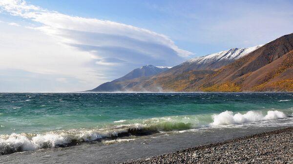 Берег озера Байкал