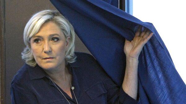Лидер партии Национальный фронт Марин Ле Пен вышла во второй тур выборов в Национальное собрание (нижняя палата) во Франции